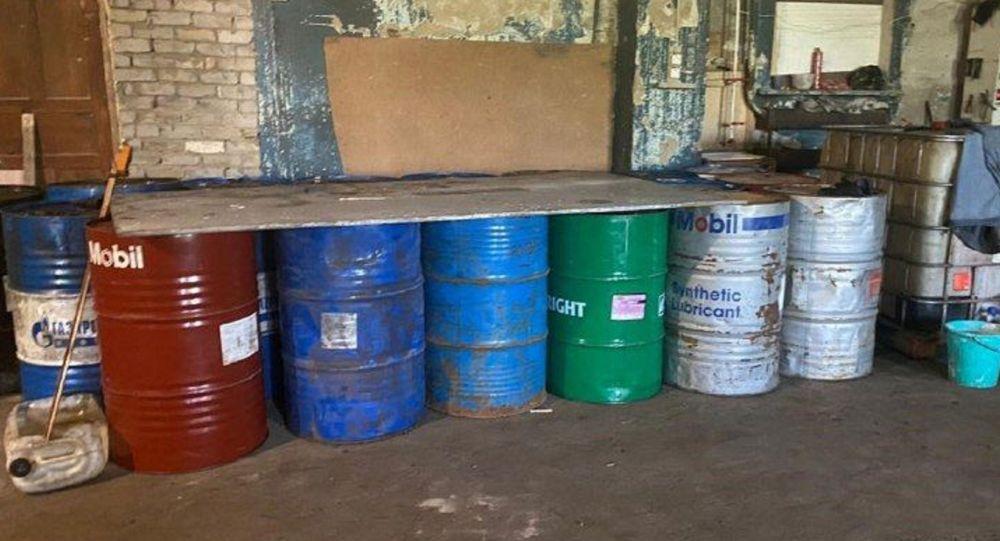 Житель Павлодарской области наладил в гараже производство кустарного дизтоплива