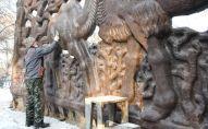 Реставрация панно Верблюды