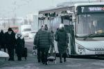 На остановке автобуса в Нур-Султане