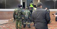 Сотрудники полиции и пожарные Медеуского района  предотвратили суицид