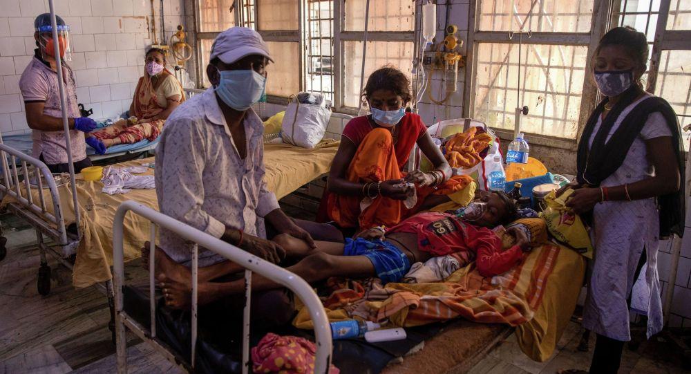 Пациенты в индийской больнице