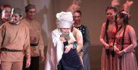 Юный и влюбленный Абай на сцене нового театра в Нур-Султане