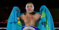 Казахстанский боксер Серик Мусадилов