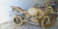 Мотоциклы из картона создает бразильский подросток