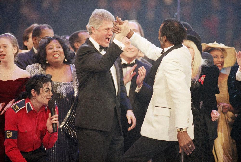 Билл Клинтон мен әнші Чак Берри