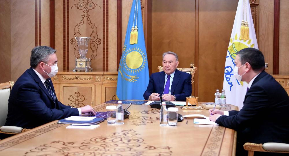 Нурсултан Назарбаев принял министра иностранных дел Мухтара Тлеуберди