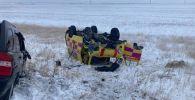 На автодороге Самара-Шымкент произошло дорожно-транспортное происшествие с участие автомашины скорой помощи