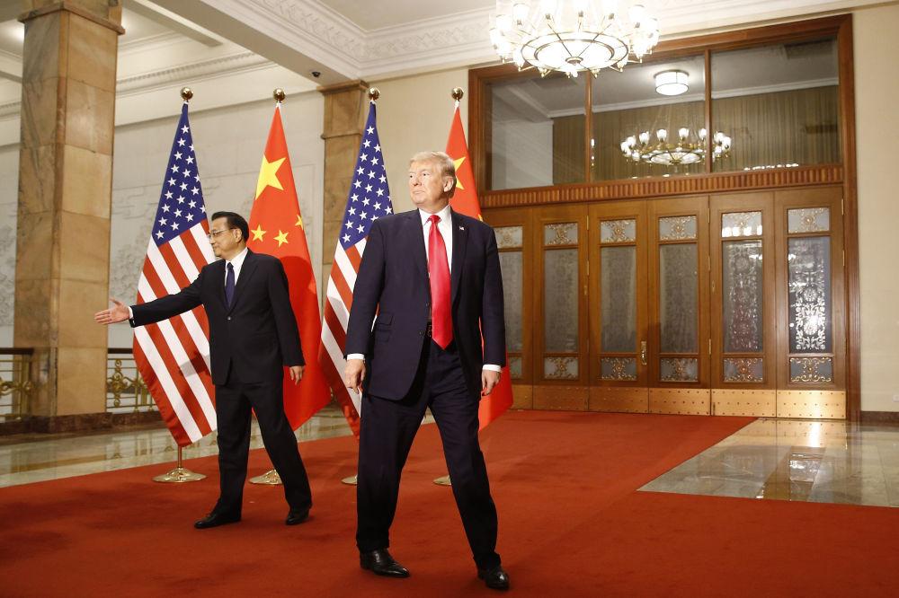 АҚШ президенті Дональд Трамп пен Қытайдың премьер-министрі Ли Кэцян