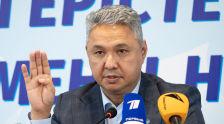 Лидер партии Ак жол Азат Перуашев во время предвыборной гонки перед голосованием в мажилис 2021 года