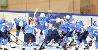Игроки хоккейного клуба Иртыш