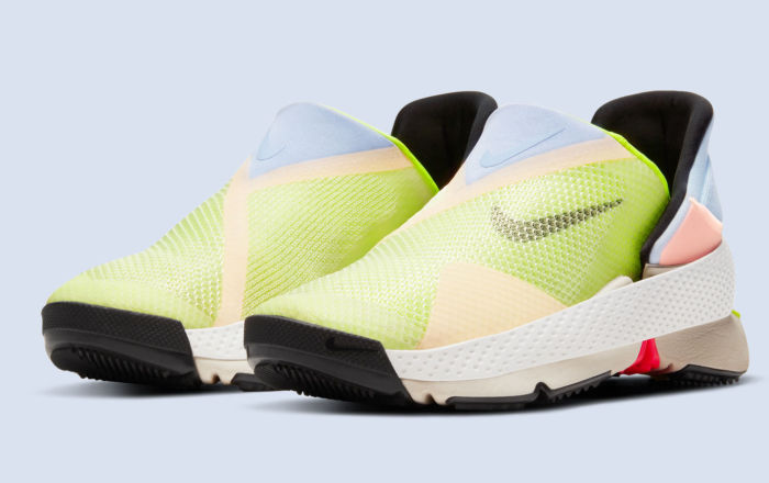 Nike: теперь надеваем обувь без помощи рук