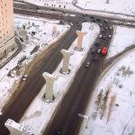 Нұр-Сұлтан әкімі Алтай Көлгінов бұл құрылыс қаланың көрікті келбетін бұзып тұрғанын мойындады.