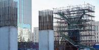 Недостроенные бетонные опоры проекта Астана LRT