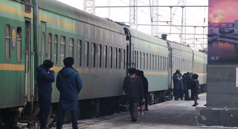 Поезд в Казахстане