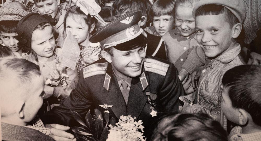 Один из экспонатов выставки Наш Гагарин в Нур-Султане
