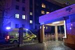 Скорая у больницы после крушения самолета Ан-26
