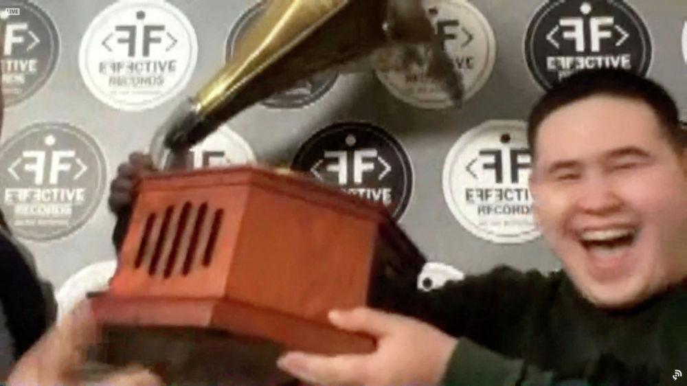 Студент-диджей Иманбек Зейкенов (DJ Imanbek) из Аксу выиграл Грэмми