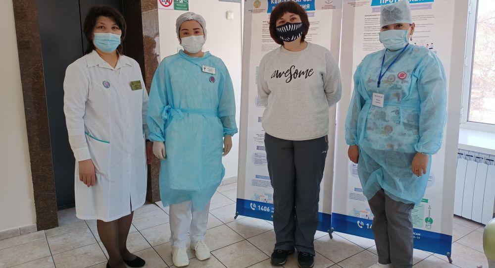 Журналистка Sputnik Казахстан привилась вакциной Спутник V