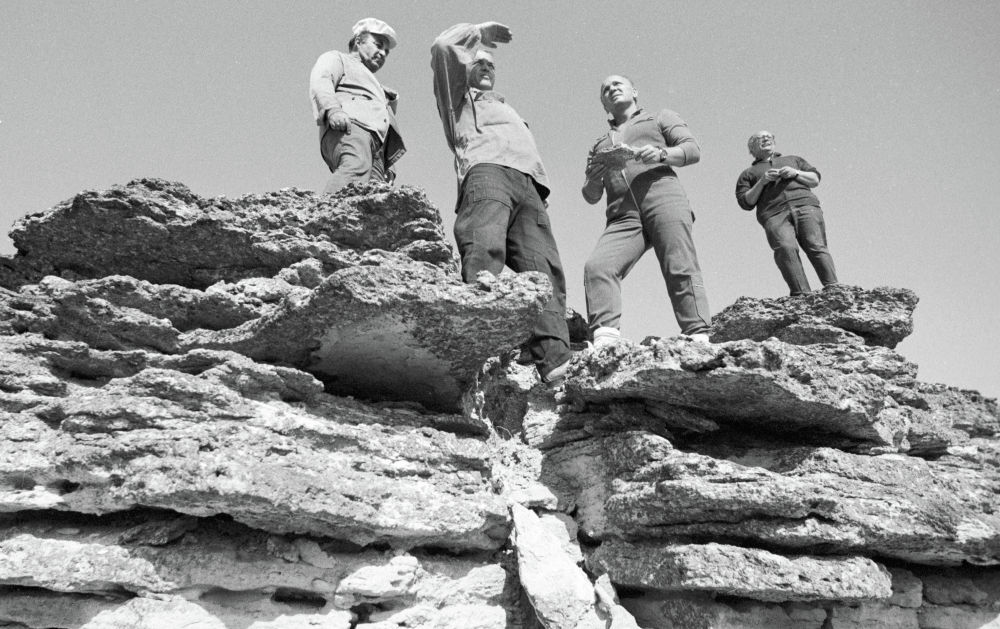 Геологическая экспедиция на плато Устюрт