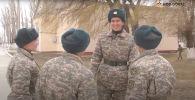 На юге Казахстана срочную службу проходит один из самых высоких военнослужащих - видео