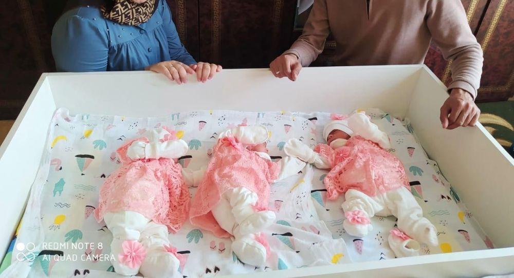 Врачи спасли жизнь недоношенной тройне в Туркестане