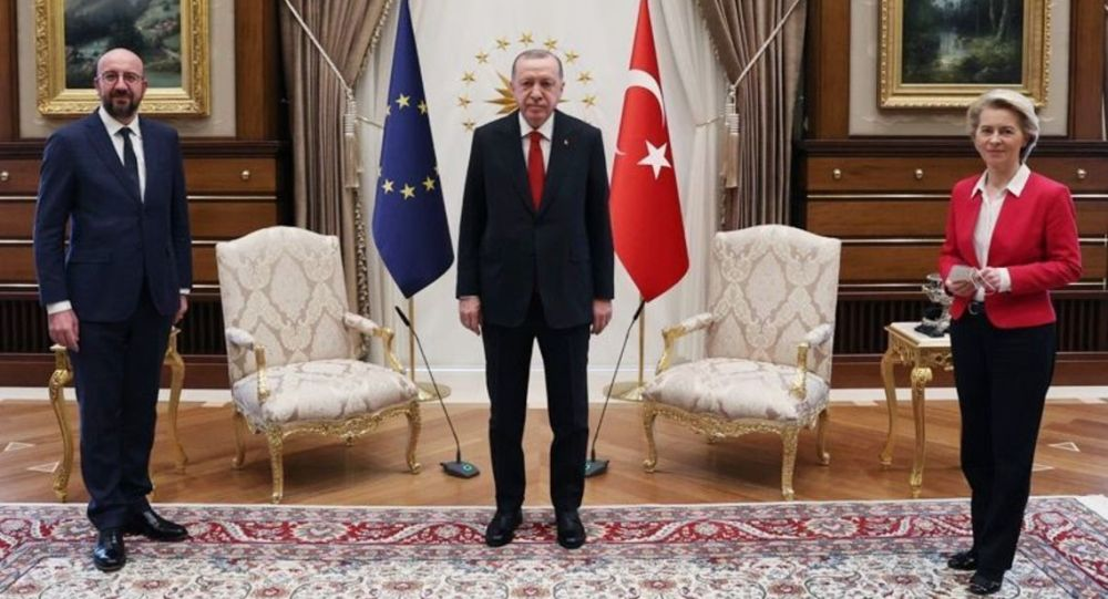 Визит главы Европейского совета Ш. Мишеля и председатель Еврокомиссии У. Ляйен в Турцию