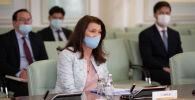 Министр иностранных дел Швеции Анн Кристин Линде во время визита в Казахстан
