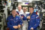 Российские космонавты поздравили землян с юбилеем первого полета человека в космос