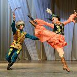 Артисты театра танца Наз на конкурсе имени Махмуда Эсамбаева