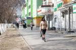Жители Кызылорды гуляют на улице