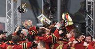Игроки ХК Авангард радуются победе в матче финальной серии плей-офф Кубка Гагарина Континентальной хоккейной лиги между командами ХК Авангард (Омск) и ПХК ЦСКА (Москва).