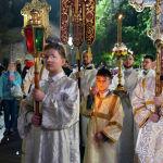 Благодатный огонь привезли в Алматы из Иерусалима
