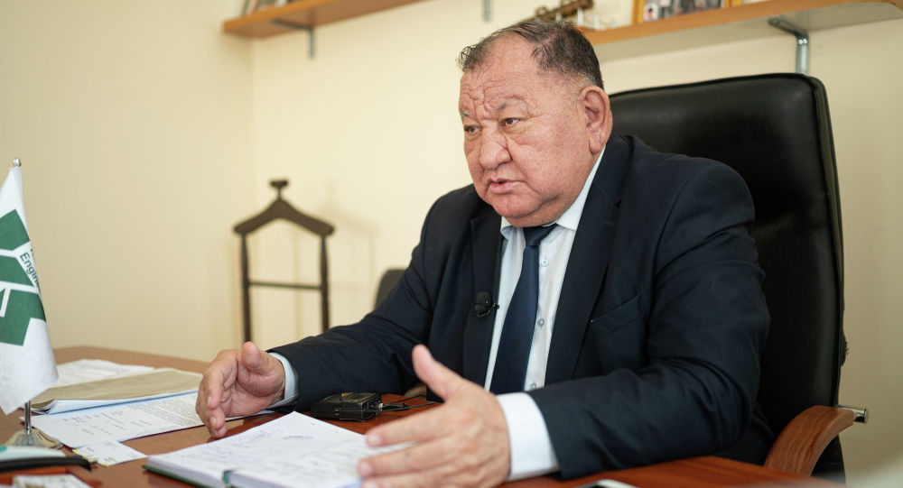 Контр-адмирал Ратмир Комратов