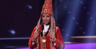 Камилла Серикбай, представляющая Казахстан на конкурсе Мисс Вселенная, вышла на подиум шоу в национальном костюме