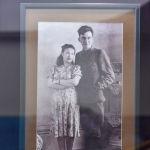 Дінмұхамед Қонаев 1937 жылы болашақ жары Зухра Шәріпқызын кездестірген.