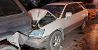 Фура протаранила автомобили