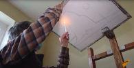 Азербайджанец рисует картины копотью свечи - видео