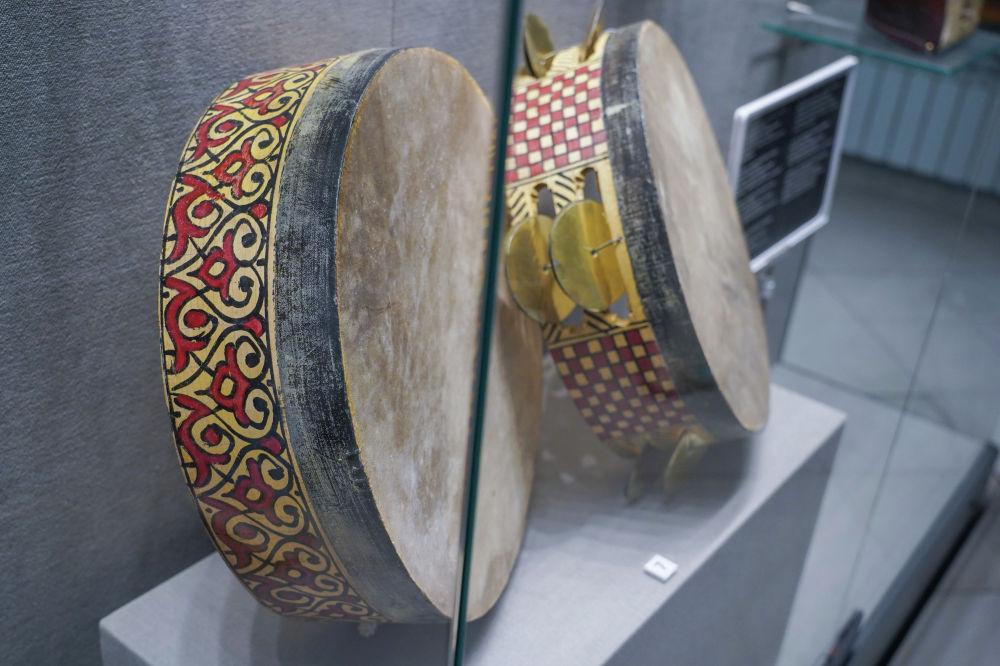 Бендир Солтүстік Африка мен Оңтүстік-Батыс Азияда қолданылатын ағаш жиекті ұрмалы (барабан) аспап