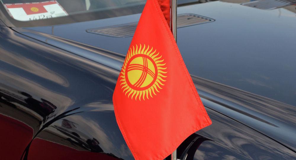 Қырғыз президентінің кортежіне көлік соғылды