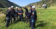 Спасатели Туркестанской области продолжают поиски заблудившихся в горах туристов