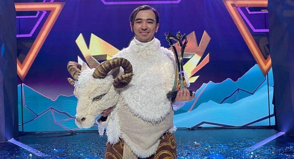 Әнші әрі театр актері Ерден Жақсыбеков
