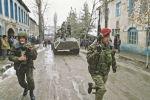 Армяно-азербайджанский конфликт. Военнослужащие Министерства обороны СССР на улицах города.