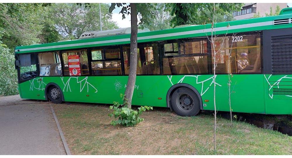Крупное дорожно-транспортное происшествие с участием автобуса