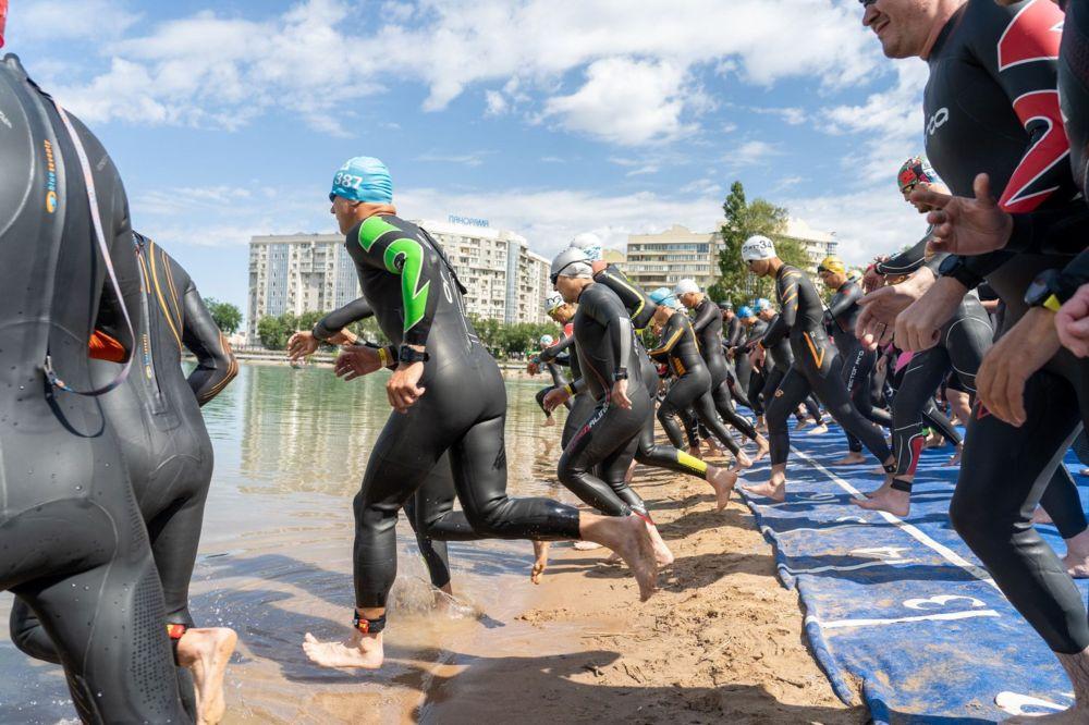 Чемпионат Казахстана по триатлону среди профессионалов прошел 12 июня и собрал 60 триатлетов из восьми регионов Казахстана