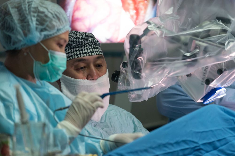 Хирурги за работой