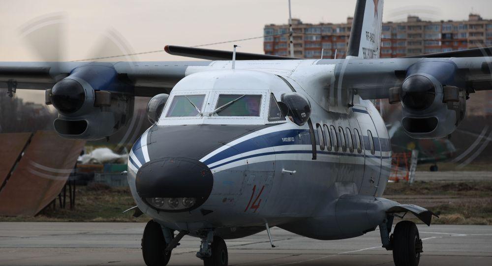 Многоцелевой двухмоторный самолёт Л-410, архивное фото
