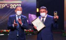 В Казахстане вручили награды разработчикам вакцины QazVac