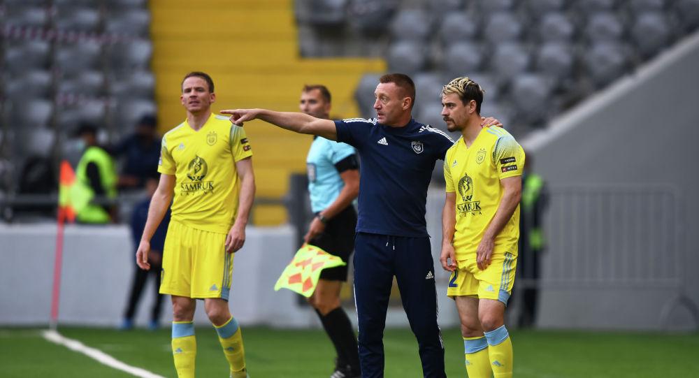 Тренер ФК Астана Андрей Тихонов