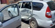Hyundai врезался в Ладу на ул. Абдуллиных