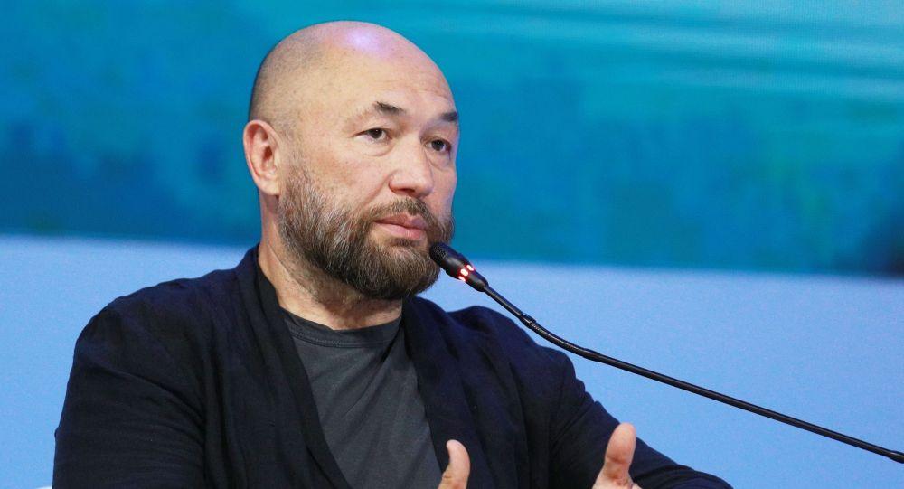 Кинорежиссёр, сценарист, продюсер, клипмейкер Тимур Бекмамбетов